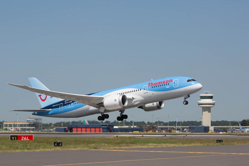 Thomson 787 at Gatwick
