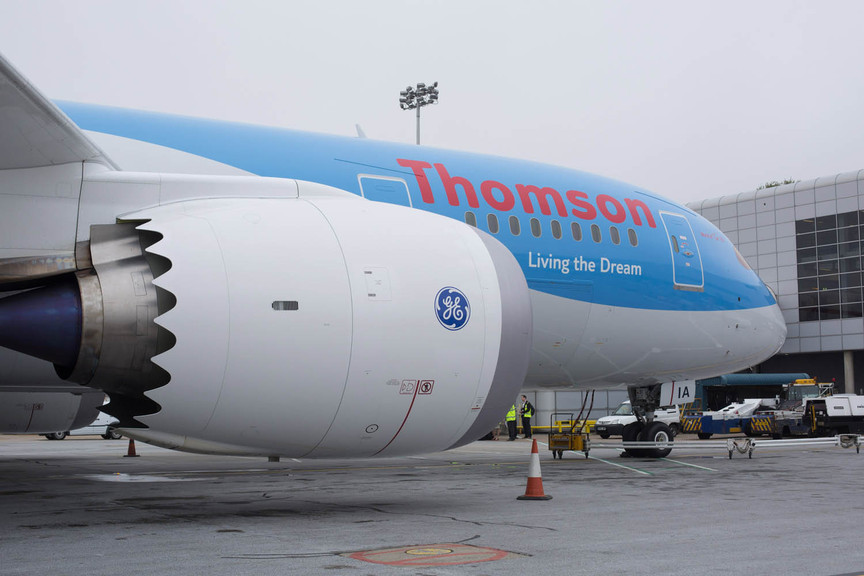 Emergency on Thomson flight as noxious fumes overcome crew and passengers