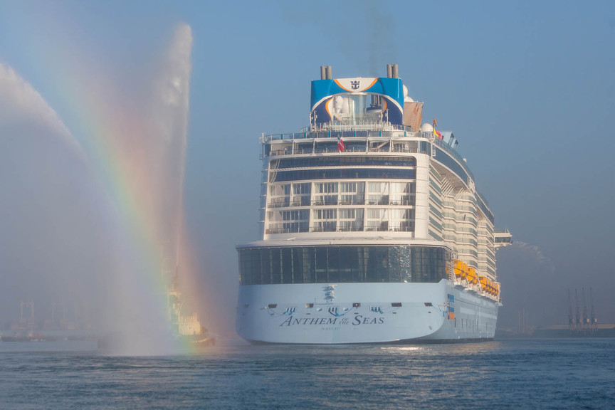 Royal Caribbean Cruise Ship Gets Caught In 150mph Winds