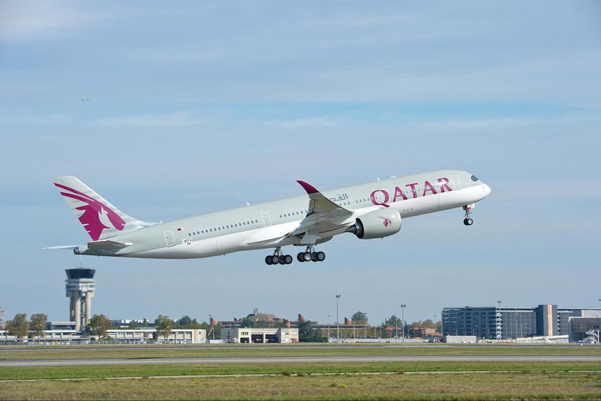 Qatar Airways grounds A350s over fuselage degradation