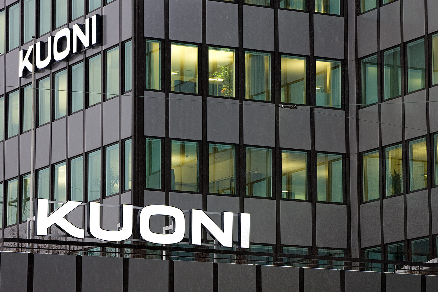 Trade backs Kuoni as operator promises 'business as usual'