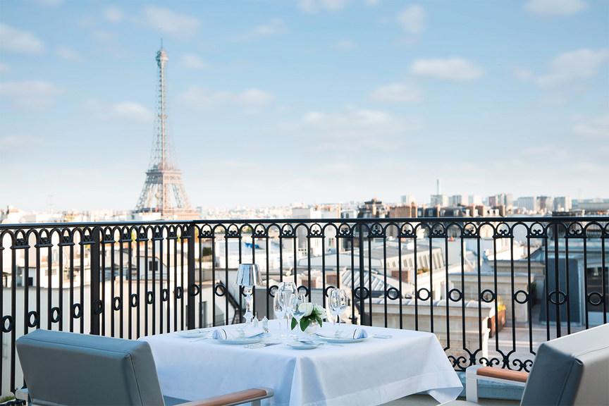 Peninsula Paris - LOiseau Blanc terrace