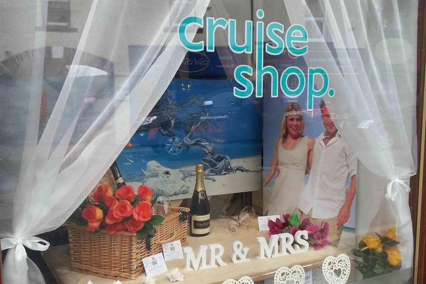 Three surprising ways agents grow wedding and honeymoon sales