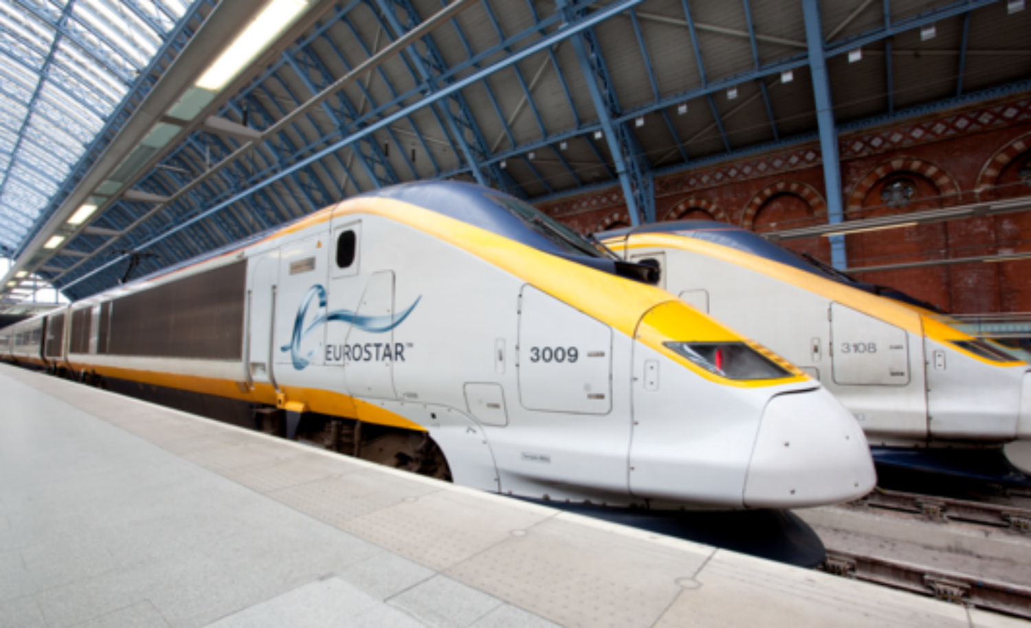 Eurostar services delayed as migrants climb on train