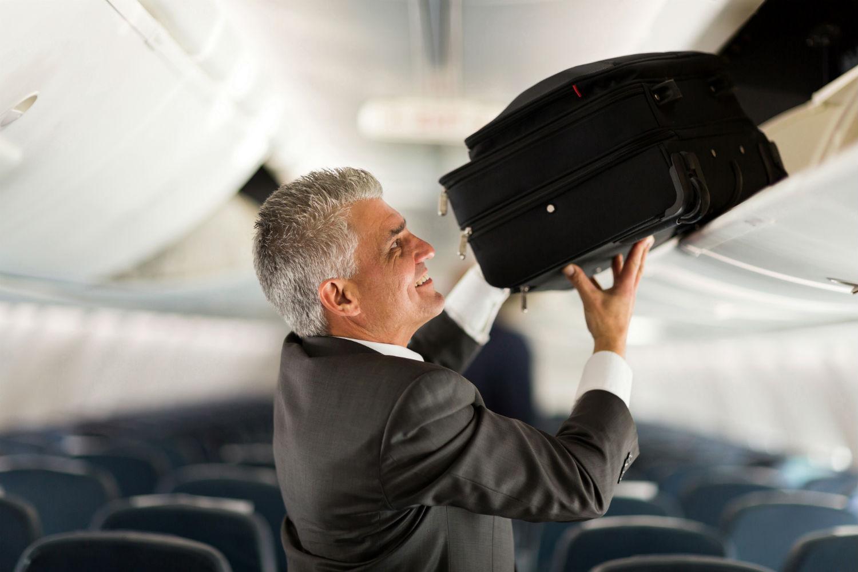 Luggage hold