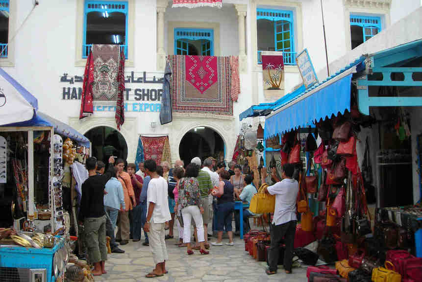 Foreign Office stands by its Tunisia advice