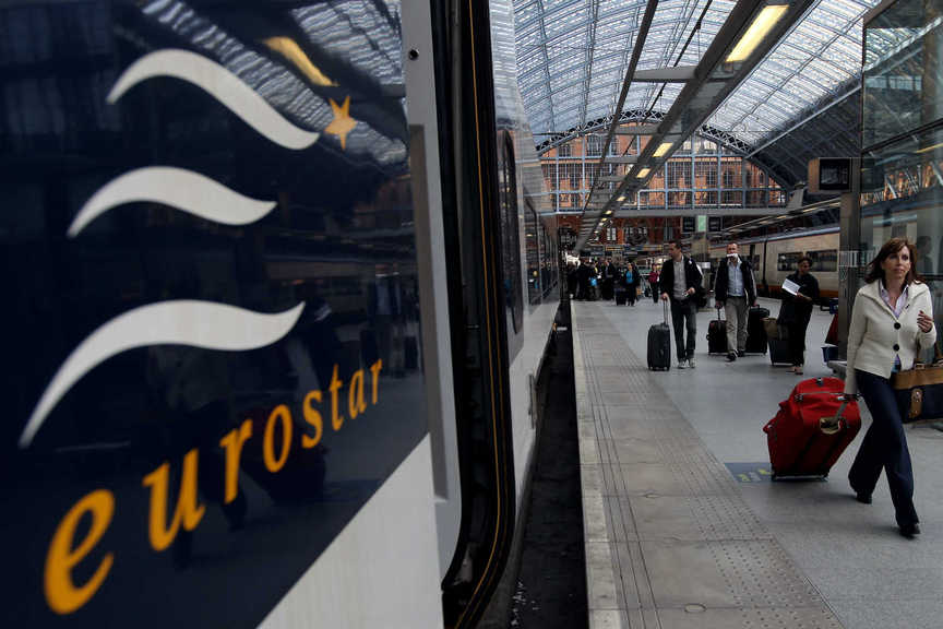 Eurostar passengers are now required to wear masks