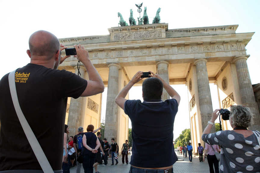 Germany sets record for tourist arrivals