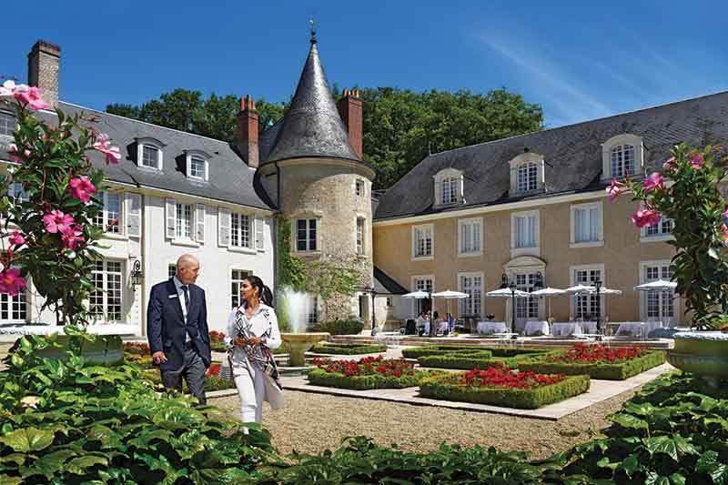 Le Domaine de Beauvois with TD and Lisa Ray