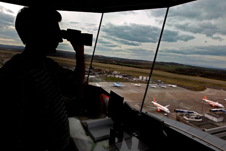 Edinburgh airport, air traffic control
