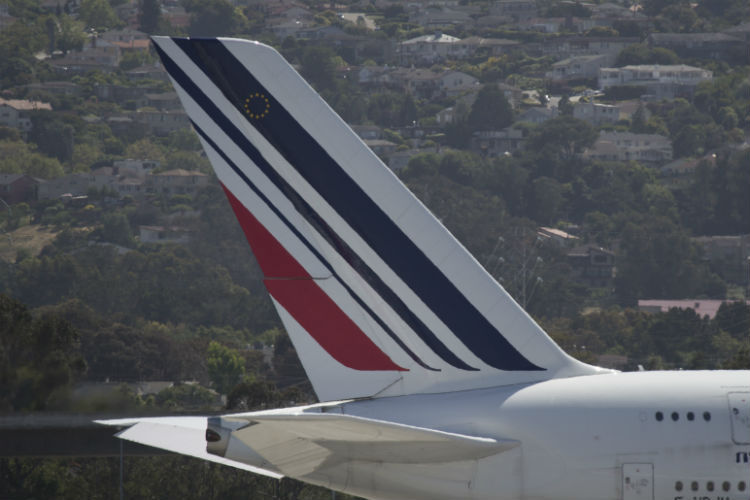 Air France aircraft in emergency landing after hoax bomb found