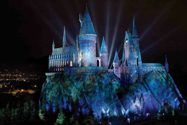 Universal Studios sets opening date for Harry Potter attraction