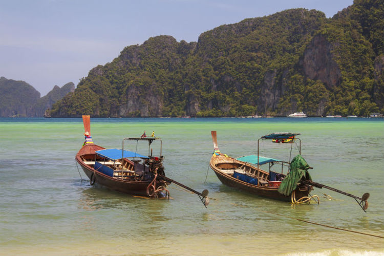 Phi Phi islands facing water shortage following tourist influx
