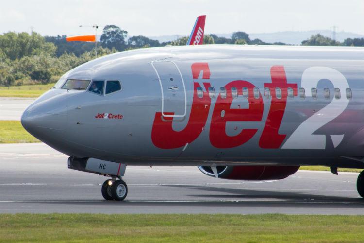 Jet2, 737