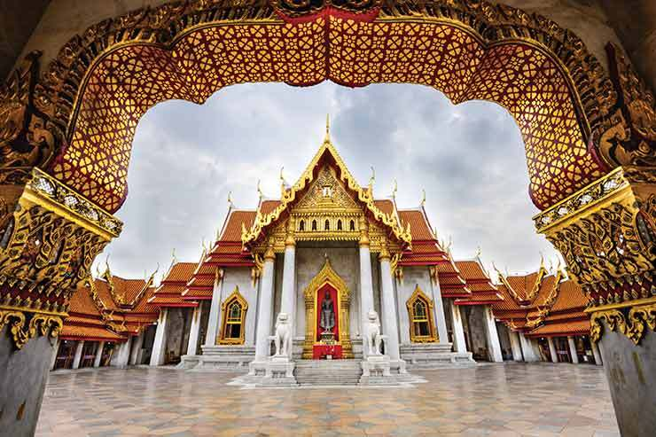 Bangkok temple ThinkstockPhotos-499428520