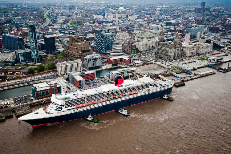Queen Mary 2 at Liverpool Cruise Liner Terminal
