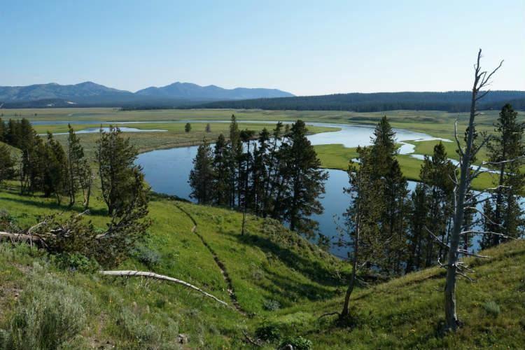 Intrepid serves up new US parks trips