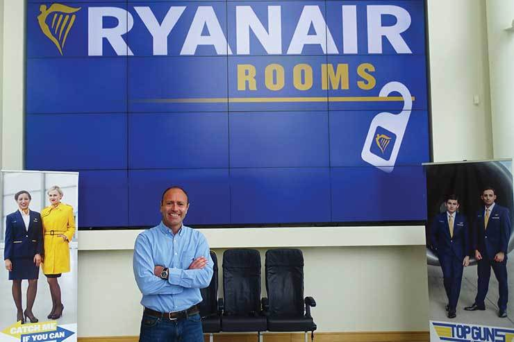 Kenny Jacobs Ryanair Rooms