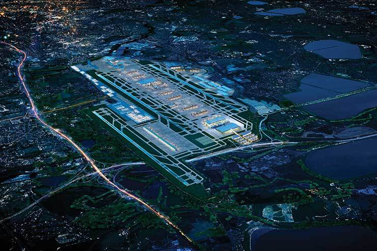 Third Heathrow runway to 'boost British families by £24,500' report claims