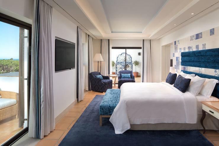Pine-Cliffs-Hotel---Neptuno-Suite---MAIN-PIC.jpg