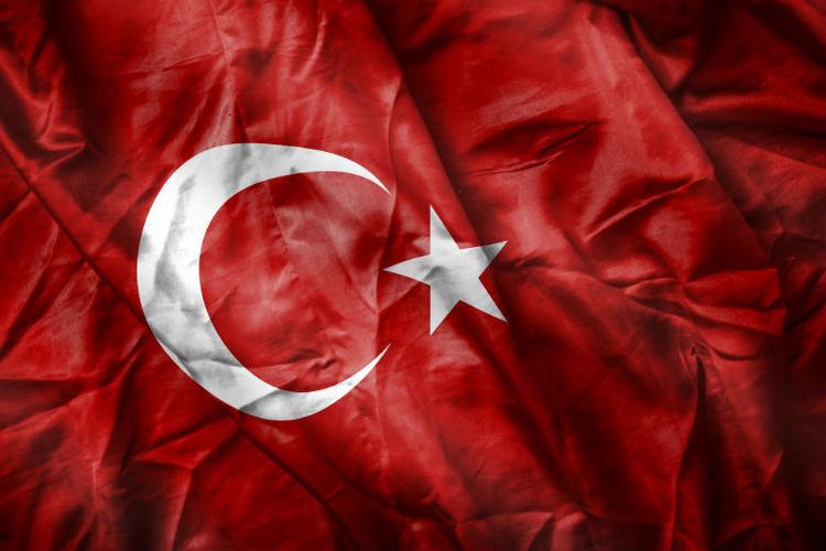 Bomb blast rocks Antalya