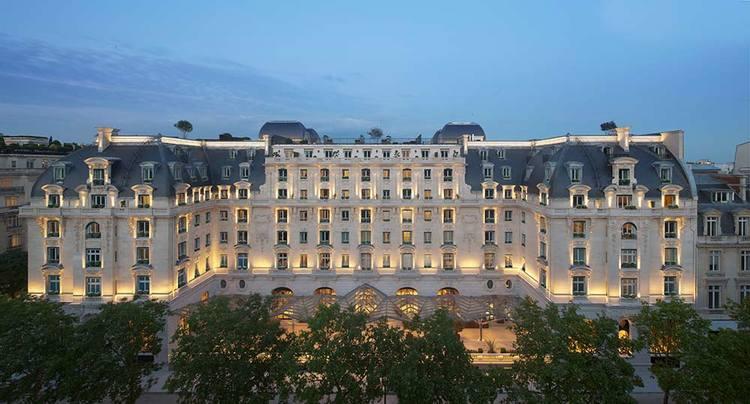 Paris' latest palace revealed
