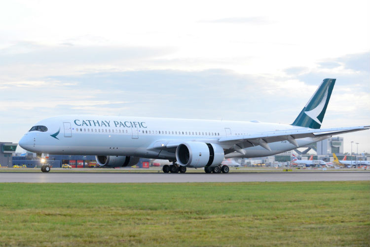 Cathay Pacific goes daily on Manchester flight