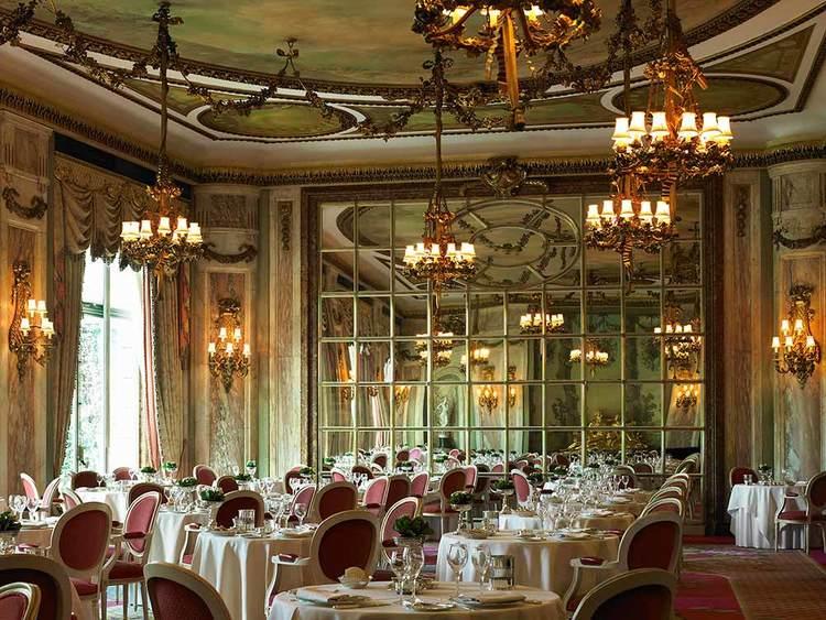 The-Ritz-Restaurant-2.jpg