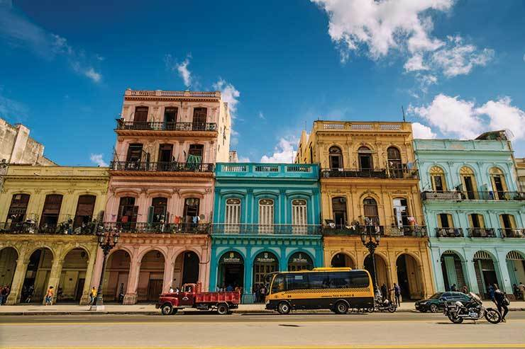 Royal Caribbean and Norwegian Cruise Line win Cuban approval for sailings