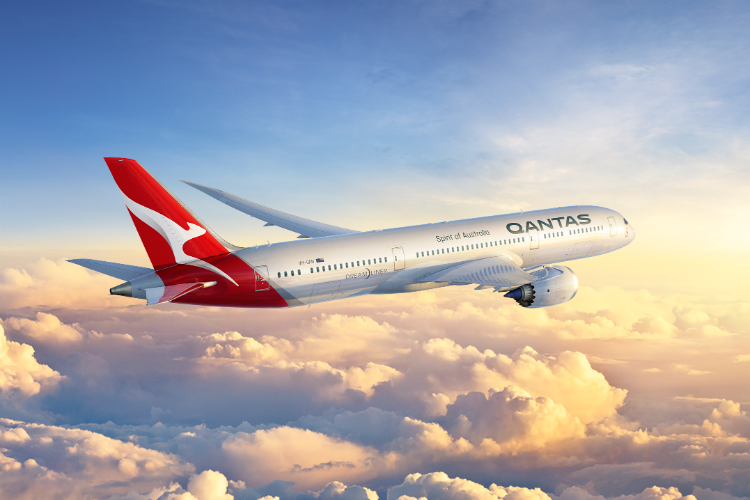 Qantas in 'advance discussions' with Airbus and Boeing over London-Sydney route