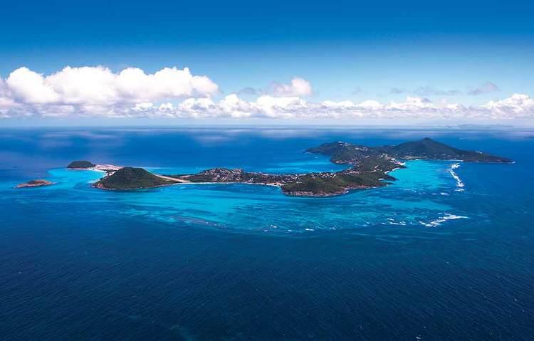 Pink-Sands-Club-island.jpg
