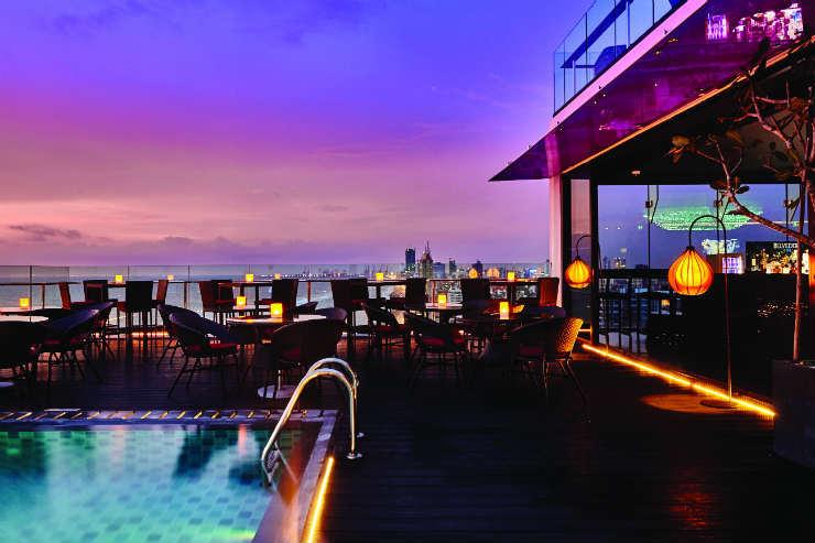 OZO Colombo ON14 Pool and Bar.jpg