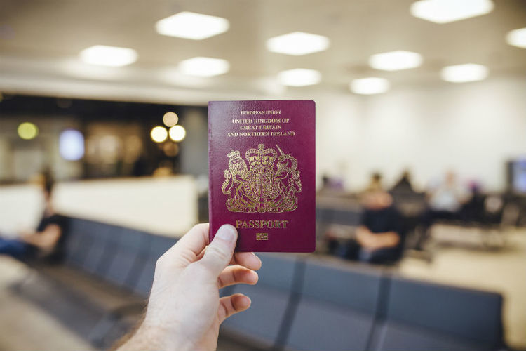 Poll: Could the British passport turn blue again?