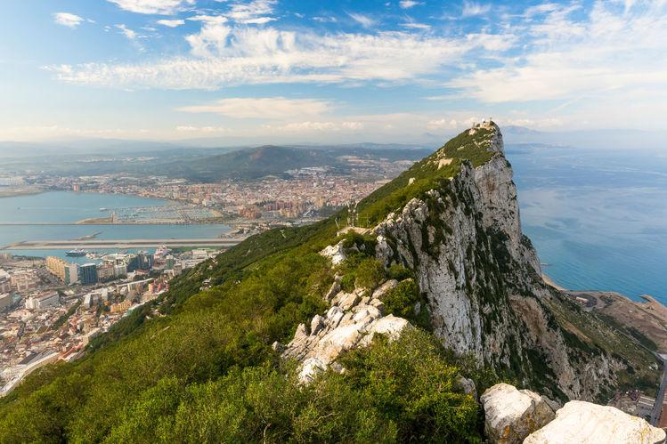 Gibraltar row sparks bust-up onboard easyJet flight