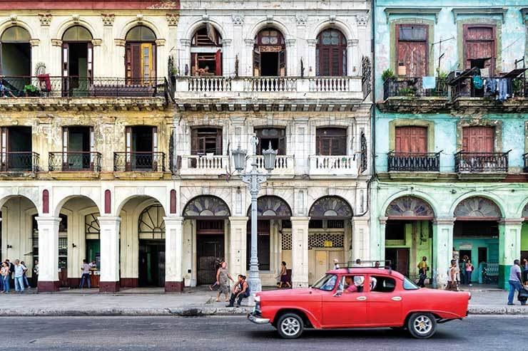 US bans cruise lines from visiting Cuba