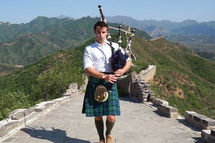 From bagpipes in Beijing to blogging glory