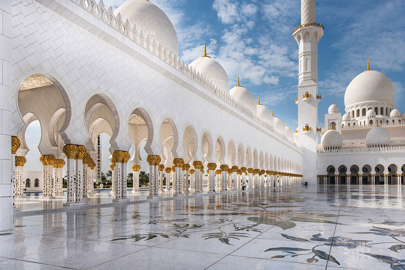 Four top shore excursions for exploring Abu Dhabi
