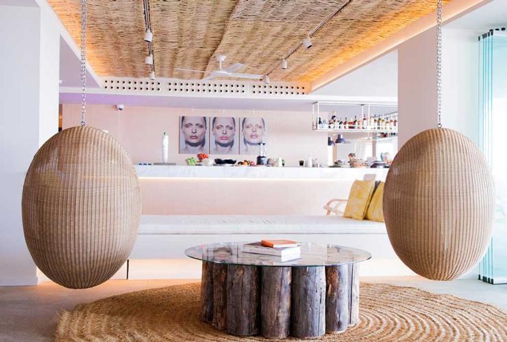 web-ME-Ibiza-Lobby-Bar-2.jpg