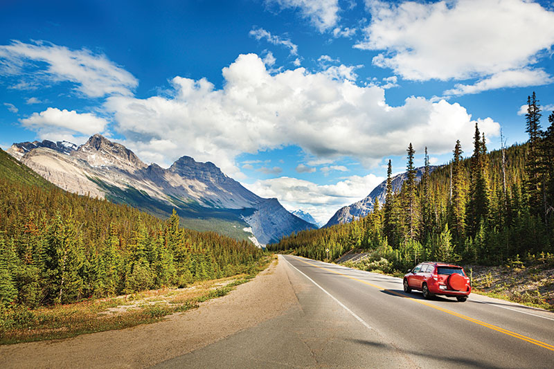 Act early and think broadly: Tips for selling Canada in summer 2018