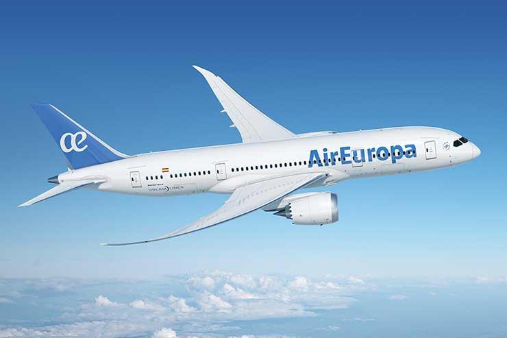 Dreamliner Air Europa aloft