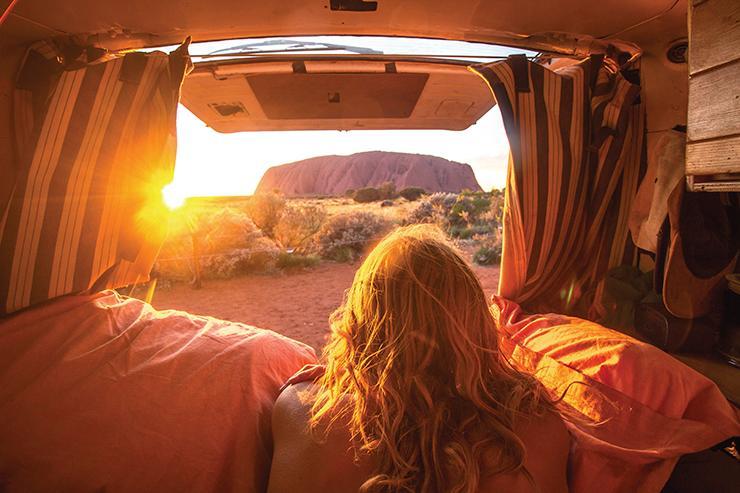Uluru backpacker.jpg