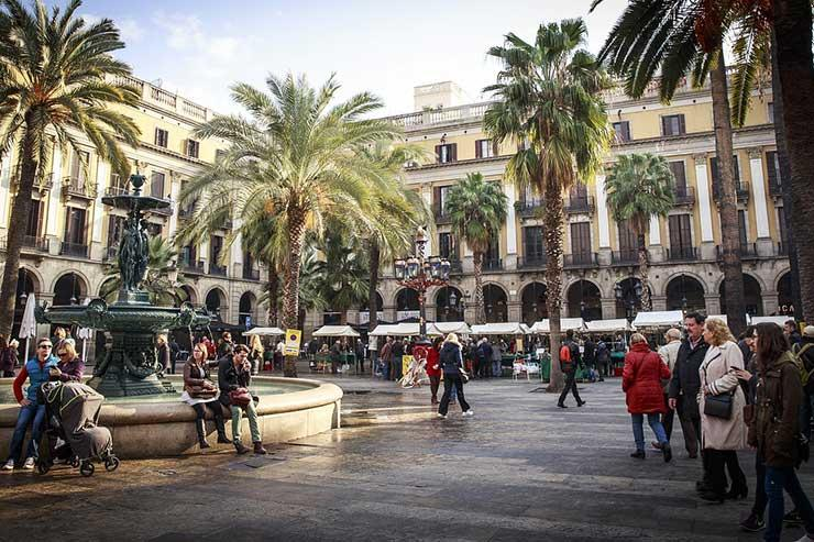 Square in Barrio Gotico, Barcelona