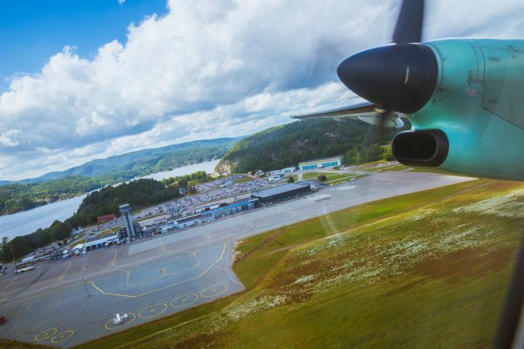 Kristiansand landing credit Ronald Griffin.jpg