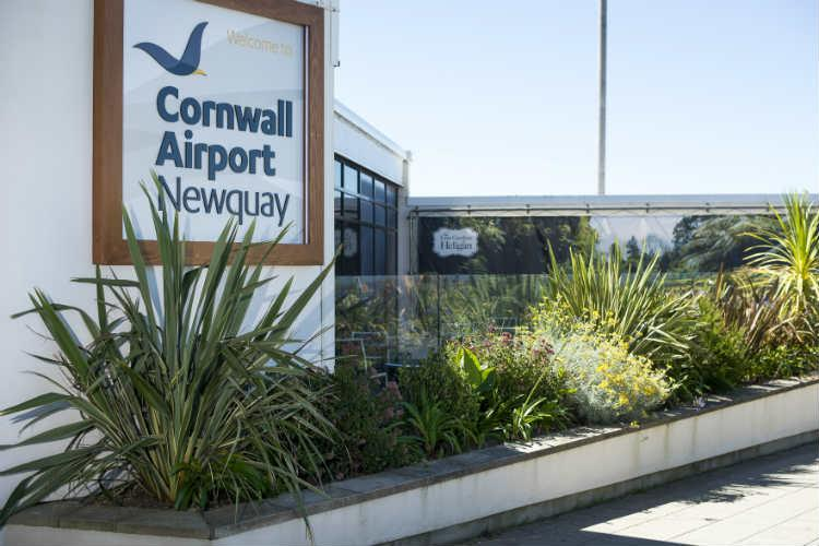 Flybe axes Newquay-Heathrow link in favour of Gatwick