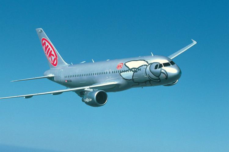Niki aircraft IAG bid.jpg
