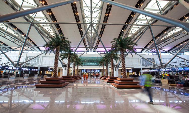 Muscat airport new terminal 2018.jpg