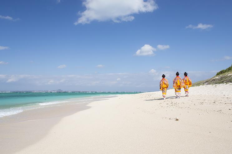 Okinawa: coasts, culture and cuisine