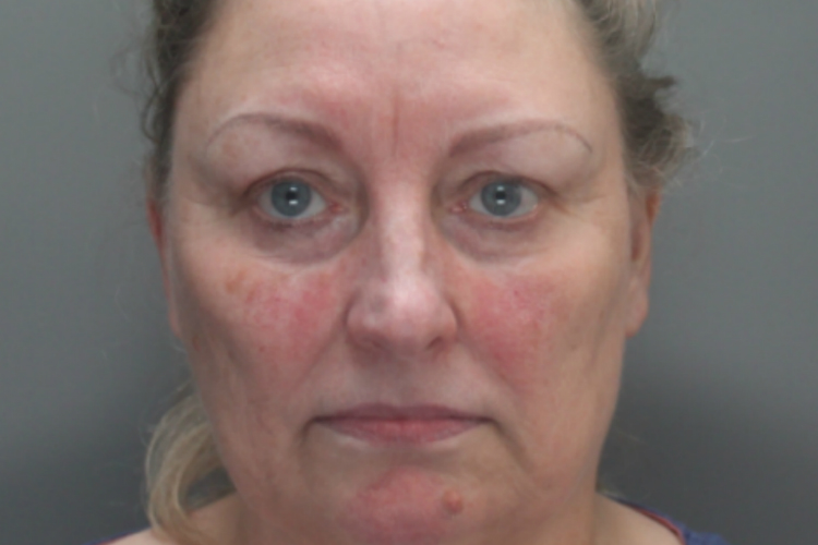 Rita Hunter: Homeworker jailed over £33,000 Advantage fraud