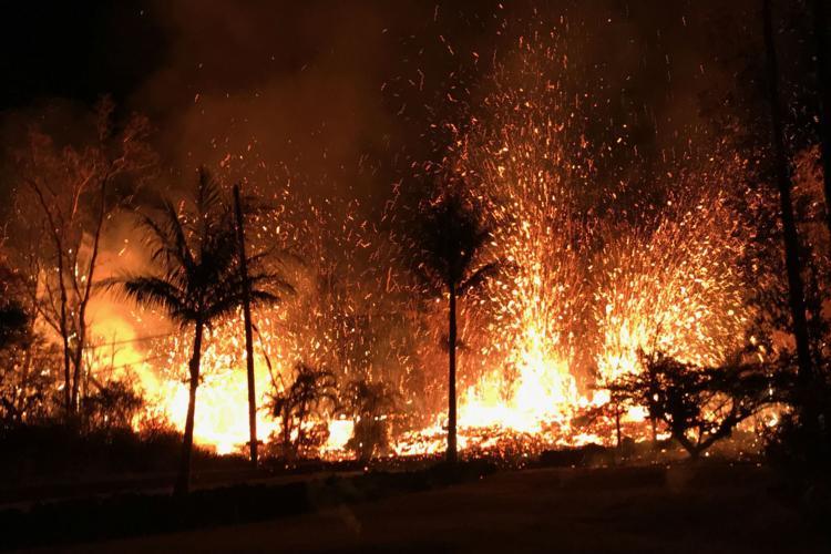 Aviation alert issued for erupting Hawaii volcano