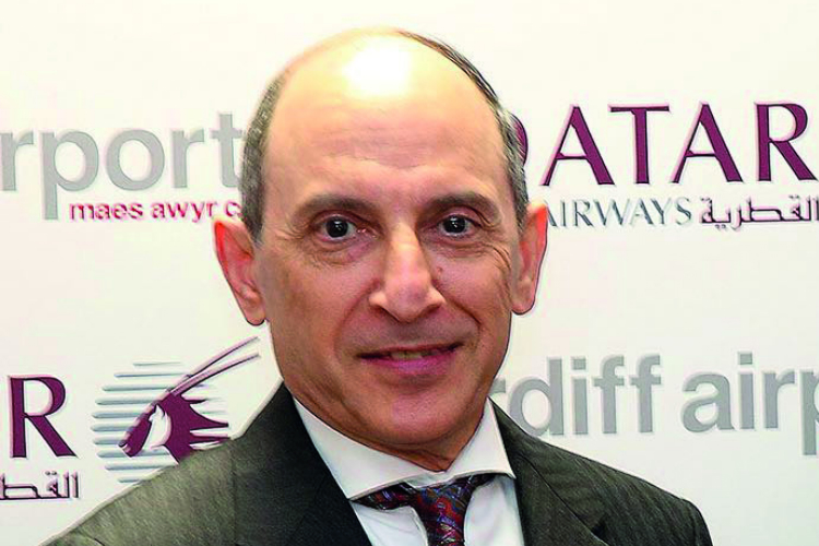 Qatar Airways boss apologises for comments on female leaders